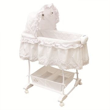 Rocking Bassinet with additional fitted sheet included!